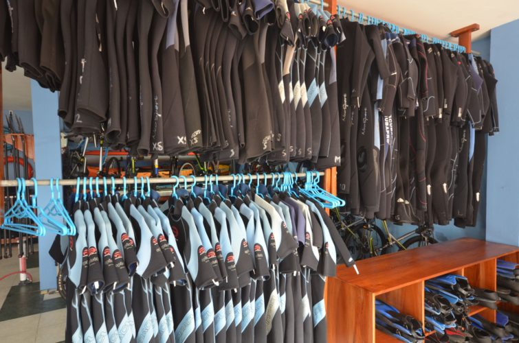 Wetsuits for rent in the Galapagos